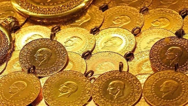 <p>Serbest piyasada 24 ayar külçe altının gram satış fiyatı 466 lira oldu.<br /><br /></p> <p>İstanbul Kapalıçarşı'da 465,80 liradan alınan 24 Ayar Külçe Altın (Gr.) 466 liradan, 3 bin 69 liradan alınan Cumhuriyet Ata Lira 3 bin 90 liradan, 425 liradan alınan 22 Ayar Bilezik (Gr.) 429 liradan, 3 bin liradan alınan Lira (Tam) Ziynet 3 bin 20 liradan, bin 500 liradan alınan Yarım Ziynet bin 510 liradan ve 750 liradan alınan Çeyrek Ziynet 755 liradan satıldı.</p>